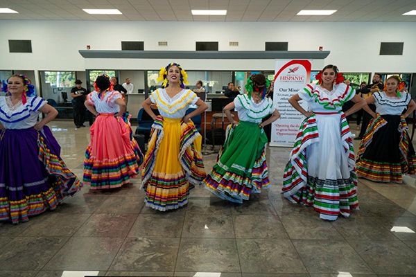 mexican-dancers