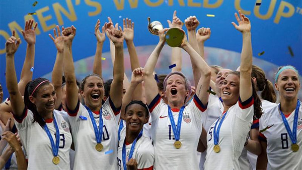 usa-women-soccer-team